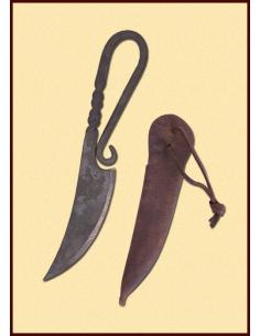 Stredoveký nôž s puzdrom