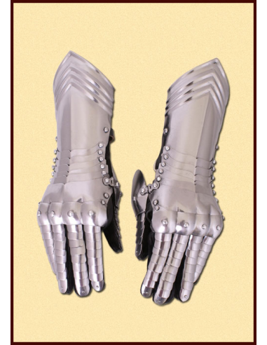 Nitované rukavice