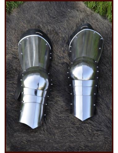 Neskorostredoveká zbroj na nohy