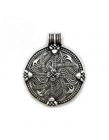 Strieborný prívesok vikingský kríž